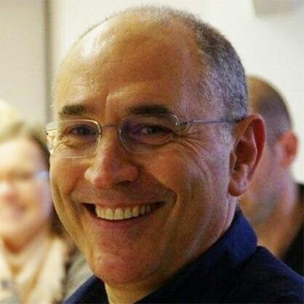 Dr Carmelo Rizzari
